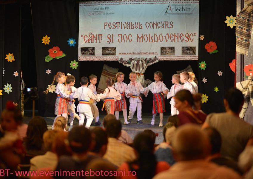 cant-si-joc-moldovenesc-arlechin-botosani-90-of-150-848x600